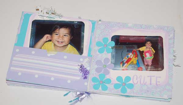 baby mini album - scrapbooking the little girls