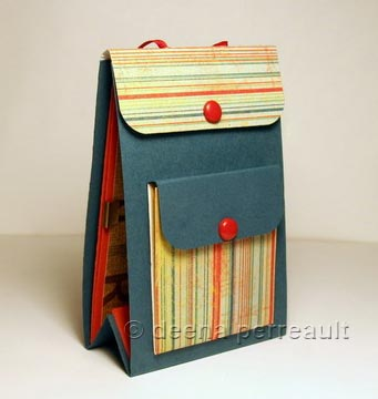 Scrappinrabbit: tutorial 7x9 interactive scrapbook mini album.