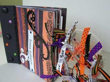 Halloween Shopping Bag Album - side view